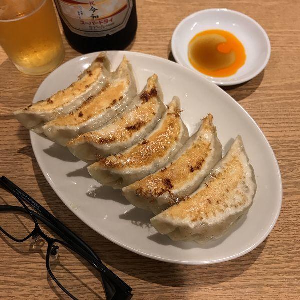 「餃子(6個)」@四つ角飯店の写真