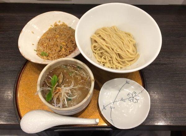 「鶏と貝のつけ麺+半チャーハン」@チラナイサクラの写真