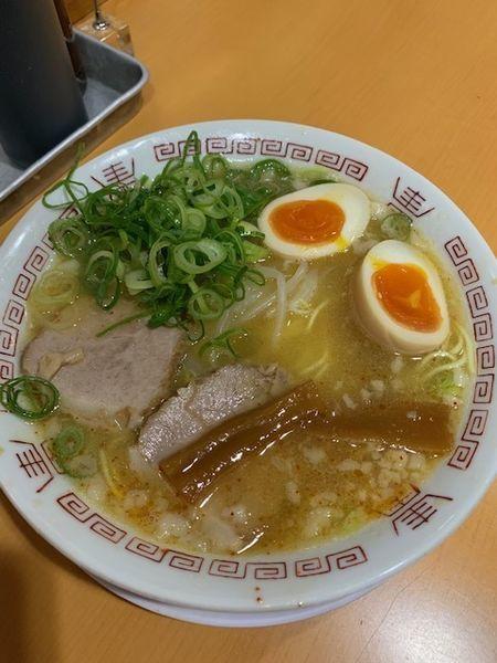 「中華そば(煮玉子・並)650円」@天天有 本店の写真