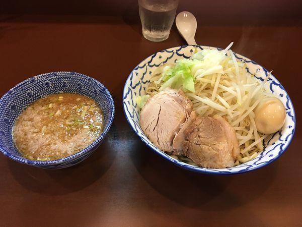 「つけ麺 大盛  味玉子  ヤサイ  熱盛り」@らーめん陸の写真