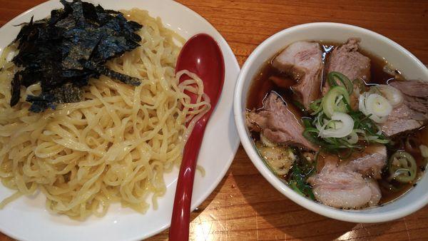 「チャーざる」@神田らぁめん 悠 HARUKAの写真