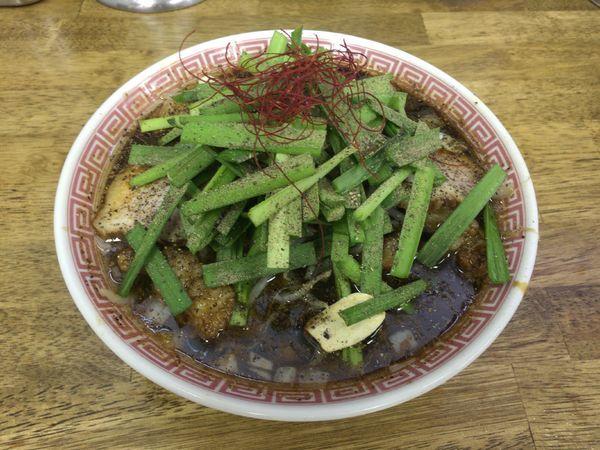 「【限定】ブラック ザ ホルモン 900円」@中華蕎麦 丸め 東久留米店の写真