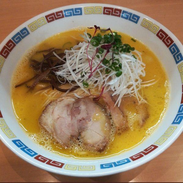 「【限定】濃厚鶏白湯(替え玉永久無料)」@魂麺の写真