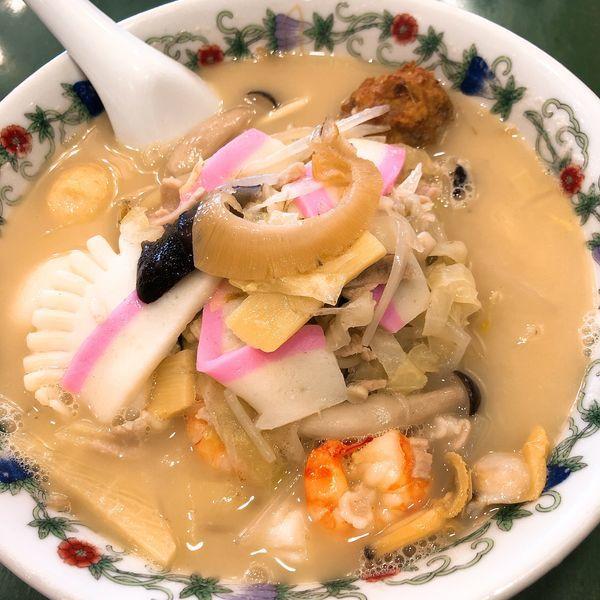 「特製什景湯麺 (王さんの特上ちゃんぽん) ¥1620」@江山楼 中華街本店の写真