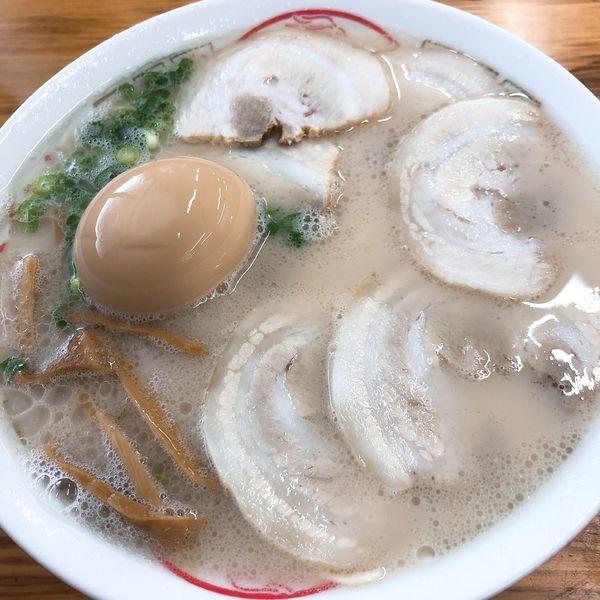 「チャーシューメン ¥550+半熟煮たまご ¥120」@丸幸ラーメンセンター 基山店の写真