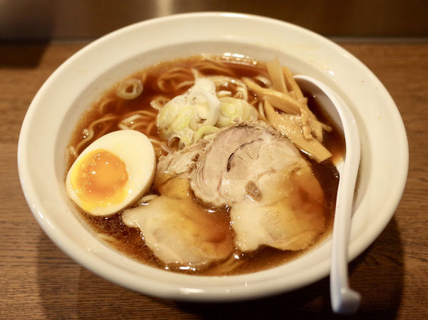 「ら~麺…680円」@らー麺 志白の写真