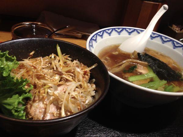 「ちゃーしゅー丼+ミニラーメン」@らーめん でくの坊の写真