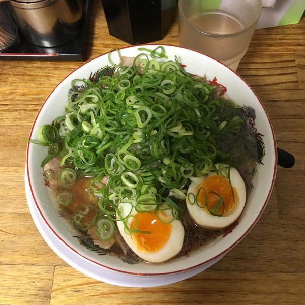 「ラーメン 煮玉子 九条ネギ増し」@第一旭 新宿店の写真
