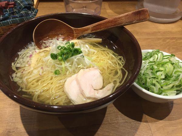 「名古屋コーチン塩ラーメン+ねぎ」@なご家の写真