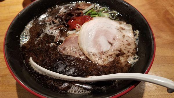 「期間限定 麺IB(麺・イン・ブラック)」@博多一風堂 松本店の写真