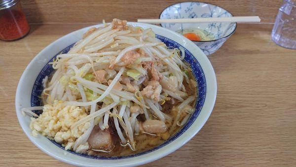 「ラーメン ニンニクアブラ 生卵」@ラーメン二郎 栃木街道店の写真