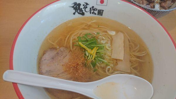 「鬼塩ラーメン+チャーシュー丼」@鬼そば 藤谷の写真