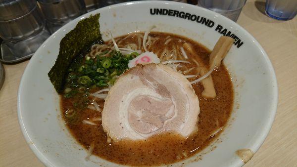 「ラーメン 780円」@UNDERGROUND RAMEN 頑者 コクーンシティさいたま新都心店の写真