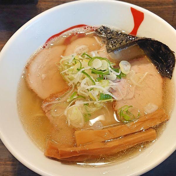 「塩らーめん 750 チャーシュー 200」@燵家製麺の写真