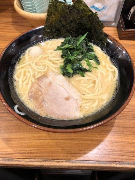 「ラーメン」@横浜家系ラーメン 壱角家 西川口店の写真