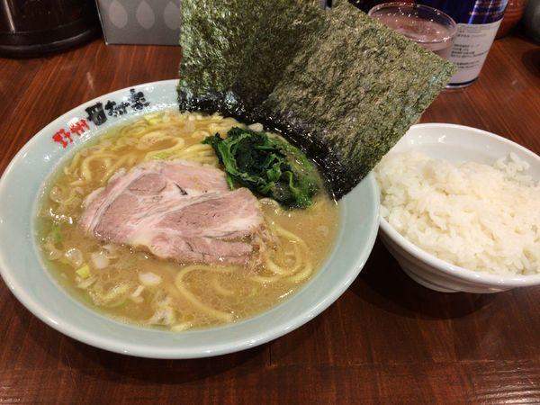 「らーめんとライス」@横浜らーめん 田村家 足利店の写真