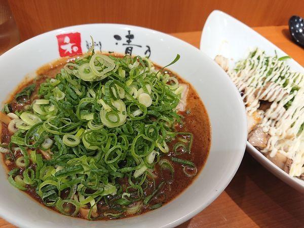 「こってりネギ増しラーメンとチャーマヨ丼」@清乃 近鉄店の写真