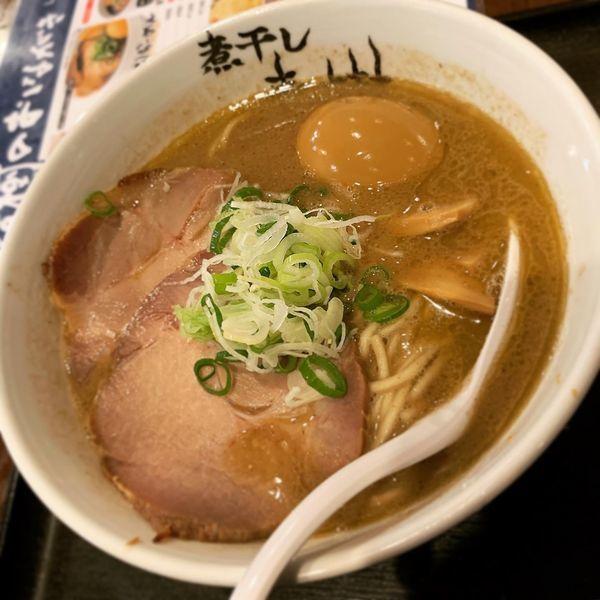「こってり煮干し味玉らーめん」@つけめん らーめん 青樹 立川店の写真
