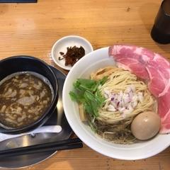 煮干し豚骨らーめん専門店 六郷の写真