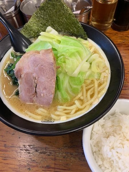 「太麺 680円 キャベツ 100円 半ライスサービス」@百麺 中山道店の写真