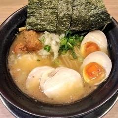 琉球鶏白湯らーめん アッパリの写真