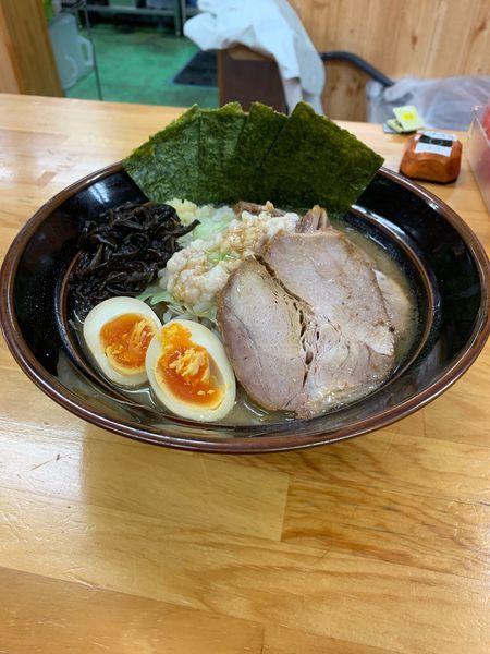 「特製ラーメン小+肉追加」@筑豊 麺道場の写真