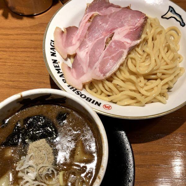 「濃厚煮干つけ麺(中盛)+柔らか三元豚ローストポーク」@NIBOSHI TSUKEMEN 凪 新宿ゴールデン街店新館の写真