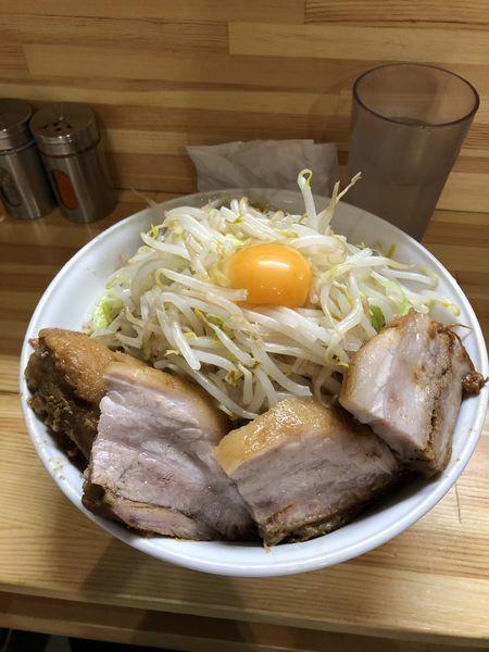 「肉増しまぜそば塩(特盛)+ヤサイ増しカラメ」@麺処 MAZERUの写真