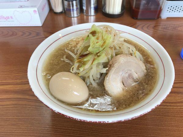 「ガツ旨らーめん(麺少なめ)+クーポン味玉」@らーめん ◯八の写真