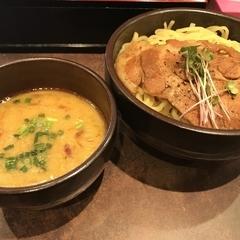 麺処 とりぱん 大阪店の写真