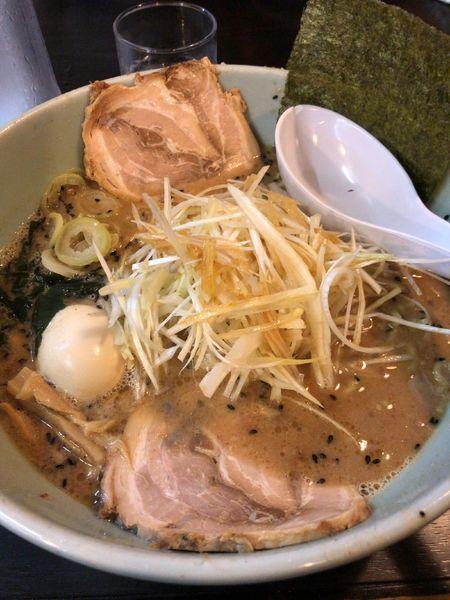 「ネギ味噌ラーメン」@チャーシュー力 V3 三芳店の写真