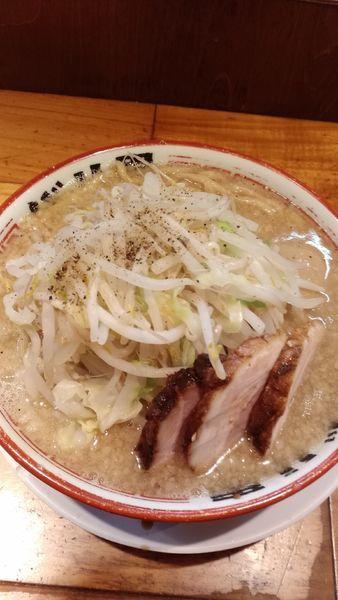 「麺少なめ玉子つき¥780」@らーめん バリ男の写真