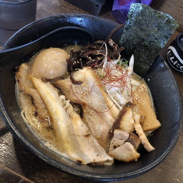 「特製濃厚醤油ラーメン」@中華そば うづまきの写真