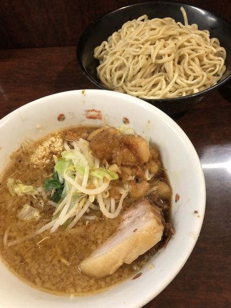 「小つけ麺(麺少なめ・にんにく・あぶら)¥900+生卵」@ラーメン二郎 めじろ台店の写真