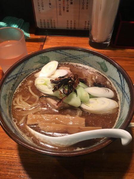 「らー麺」@魔乃巣の写真