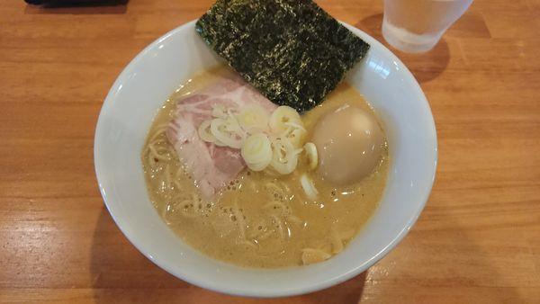 「濃厚鶏らーめん醤油 730円 + 味玉 100円 + 替玉」@らーめん コッコの写真