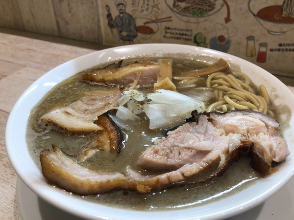 「肉ヲ見ル煮干しそば(並)800円」@麺garage 肉ヲ見ルの写真