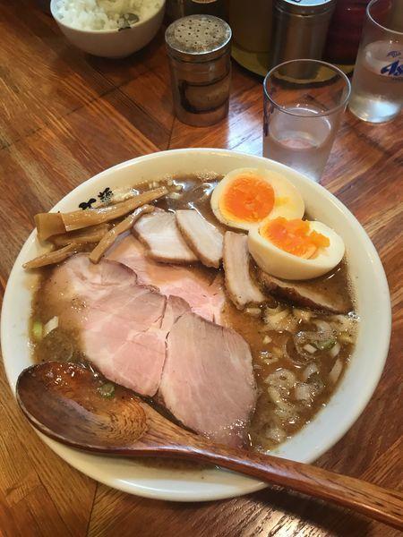 「半ミックス肉麺+味玉」@麺 高はしの写真