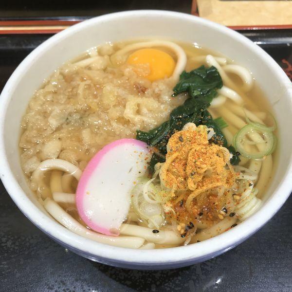 「たぬき(¥340)+生玉子(¥50)」@小諸そば 西新橋店の写真
