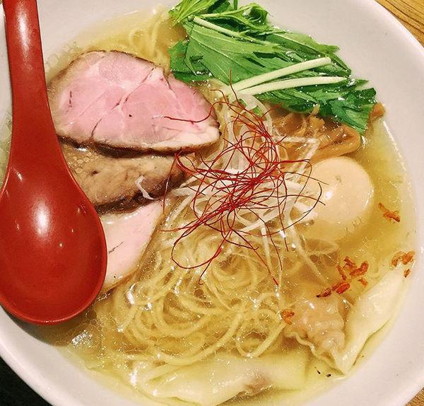 「香彩鶏だし特製塩ら一めん990円」@麺屋 翔 本店の写真