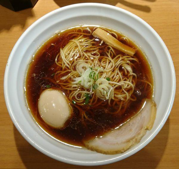 「らーめん+サービス煮玉子」@らーめん よっちゃんの写真