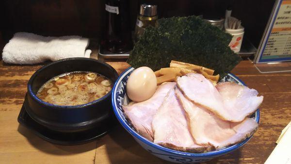 「つけ麺 全部のせ」@兎に角 松戸店の写真