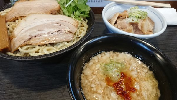 「背脂正油つけ麺」@ラーメンつけ麺 奔放の写真