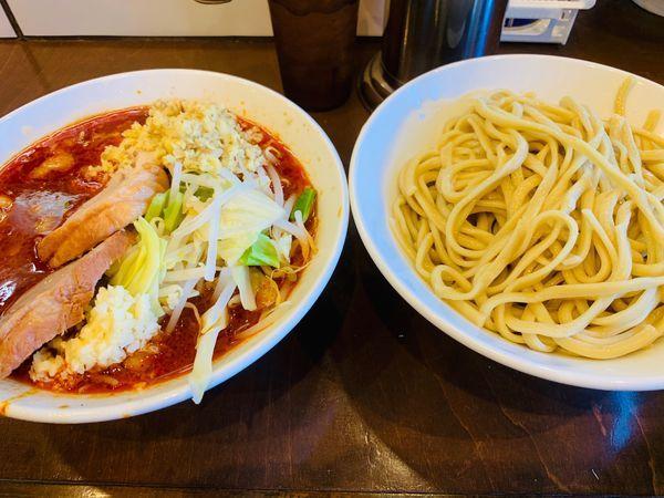 「辛い小つけ麺(ニンニクマシ)+ショウガW」@麺屋 歩夢の写真