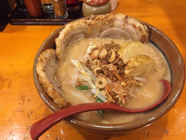 「炙り味噌ラーメン」@麺場 田所商店 熊谷銀座店の写真