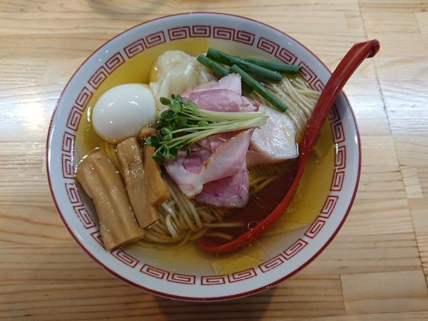 「(松)特級中華そば(大盛)1050円」@自家製麺 くろ松の写真