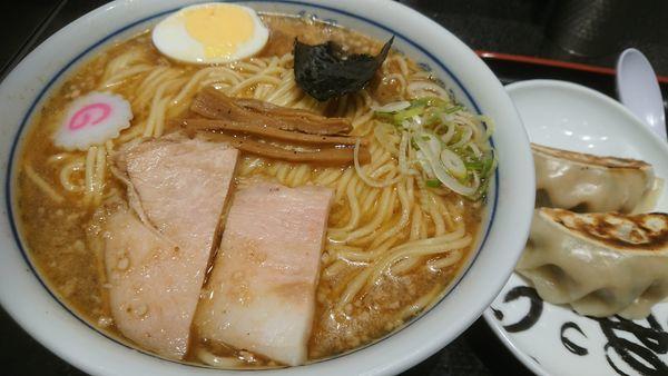「中華そば大+餃子2個」@松戸富田麺絆の写真
