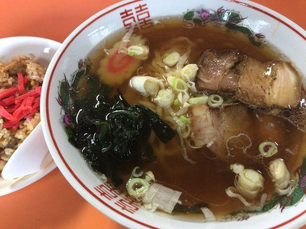 「半チャンラーメン700円」@おおた食堂の写真