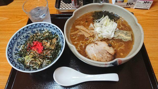 「魚介系らーめん + チャーシュー丼セット 950円」@ゆう喜の写真