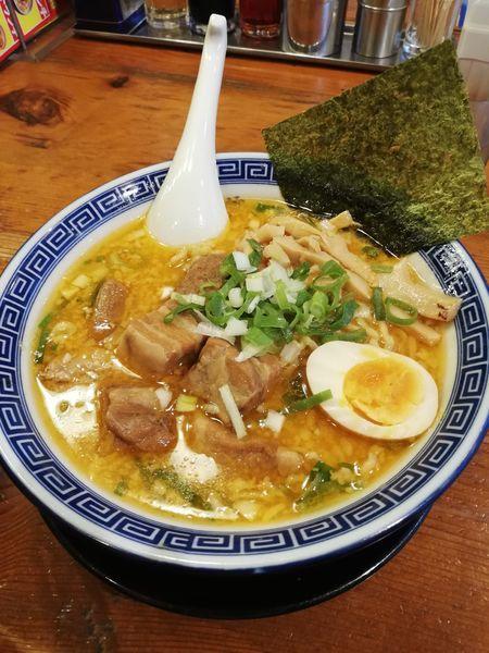 「角煮味噌豚骨ラーメン」@麺家 くさび 郡山本店の写真